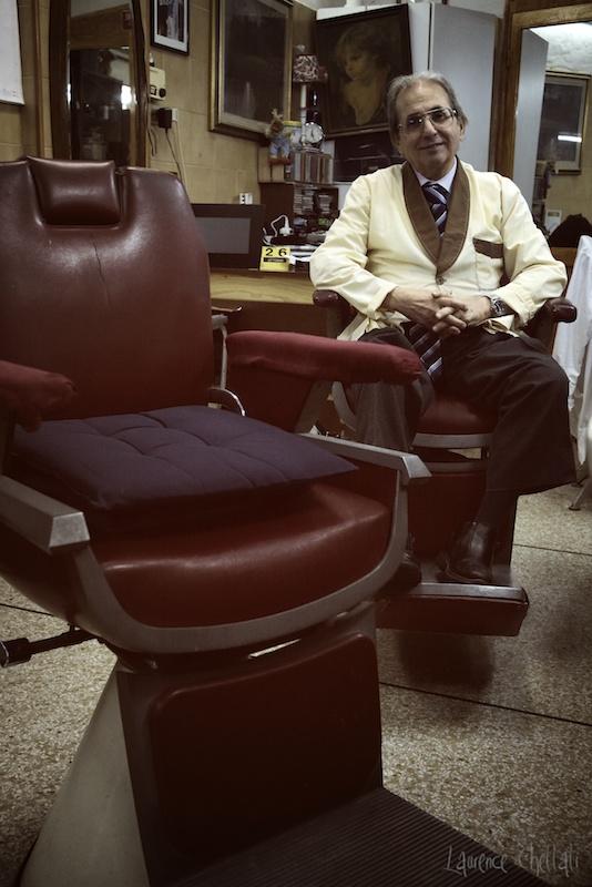 Carmine Mazzone, coiffeur pour hommes à Genova.